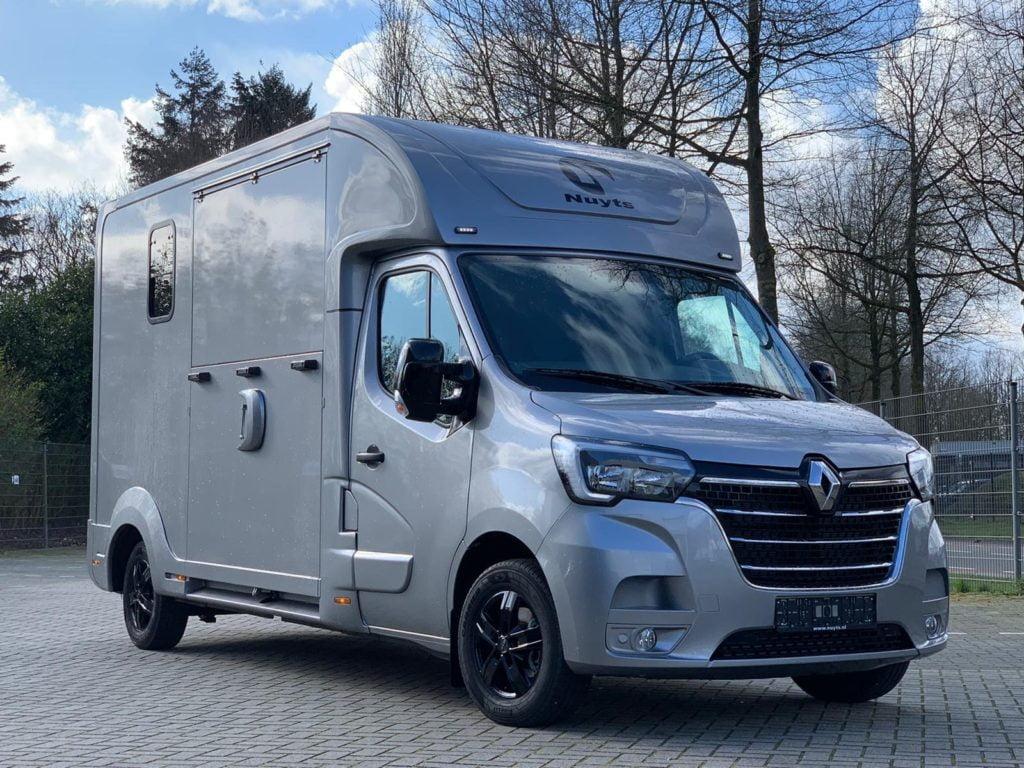 Nuyts Stallion Facelift Hestetransporter -